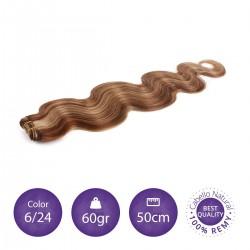 Color 6/24 castaño claro con rubio claro - Cabello cosido ondulado 60gr 50cm largo